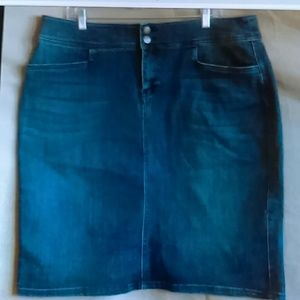 Christopher and Banks stretch denim jeans skirt 16